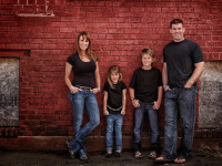 photographing-the-family
