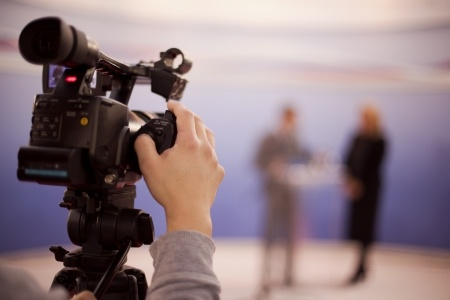 photography-schoolhouse-live-broadcasts-ditto-cam