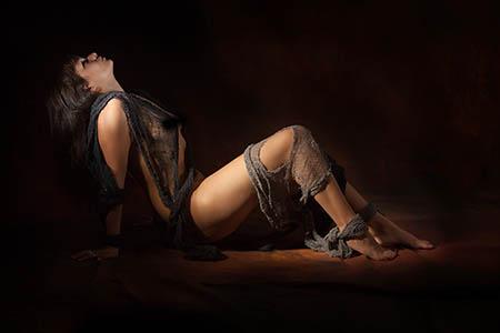 Pro Lighting in the Home Studio Part 1 – The Dark Angel Boudoir Shoot
