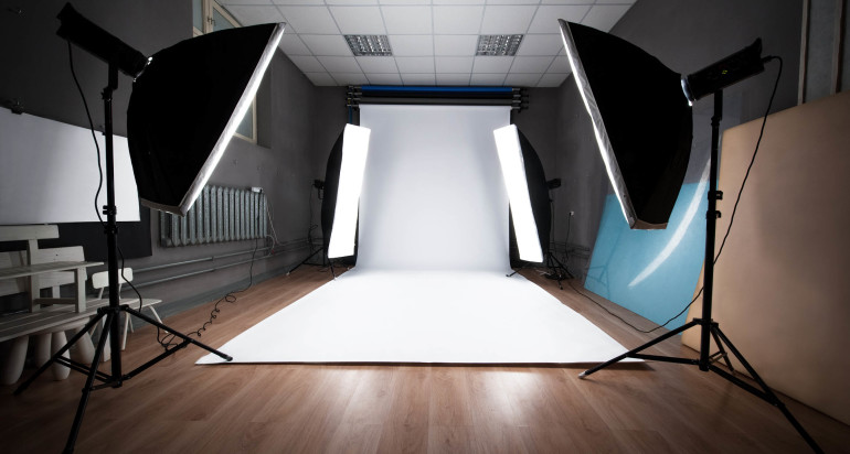 Live Broadcast – Basics of Studio Portrait Lighting