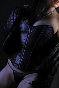 boudoir-photography-posing